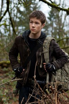 Tom Holland The knive of Never letting Go. Falling Skies, Story Inspiration, Character Inspiration, Writing Inspiration, Character Ideas, Character Design, Character Bank, Tom Holland Peter Parker, Avengers
