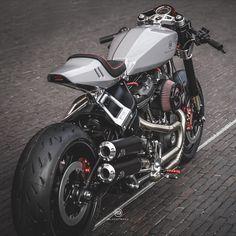 Cafe Bike, Cafe Racer Bikes, Cafe Racer Motorcycle, Motorcycle Design, Chopper, Kawasaki Zephyr, Bobber, Moto Biker, Best Motorbike