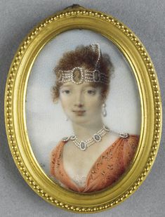An early portrait of Caroline Bonaparte, wearing a cameo and pearl bandeau, with an additional tiara added to one side Miniature Portraits, Miniature Paintings, French Royalty, Princesa Carolina, French History, Fru Fru, Antique Jewelry, Cameo Jewelry, Jewellery