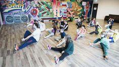 Breakdance - Entertainmens   Bboy inhuren? Boek breakdance nu! Breakdance, Preschool Activities, Gym, Travel, Dance In, Viajes, Destinations, Excercise, Traveling