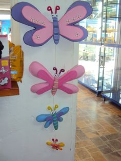 Pintando Con Hilos Blog De Punto De Cruz Con Foami Estoy Foam Crafts, Diy And Crafts, Crafts For Kids, Paper Crafts, Arts And Crafts, Butterfly Clip Art, Butterfly Crafts, Styrofoam Art, Class Decoration