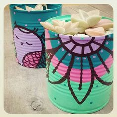 Tin Can Crafts, Crafts To Sell, Scrap Wood Projects, Craft Projects, Plastic Bottle Crafts, Painted Flower Pots, Posca, Cute Diys, Crafty Craft