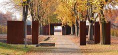 WES-Gedenkstaette-Esterwegen-02-Stage-Tore-Foto-Simone-Schnase « Landscape Architecture Works | Landezine