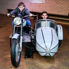 There are many interactive experiences @wbtourlondon  including flying a broomstick Hagrids motorbike or the Weaslys car. Maybe youd like a bit of practice with your spells? Youre in luck! #harrypotter #expelliarmus #wbtourlondon . . . . . . . . . . . . #warnerbrosstudios #movieprops #moviemagic #vroomvroom #sidecar #daytrip #familyfun #familytravel #london #england #uktravel #travelwithkids #hagrid #travelfun #wandermore #exploremore #thingstodoinlondon #hogwarts #hilarystyleme…