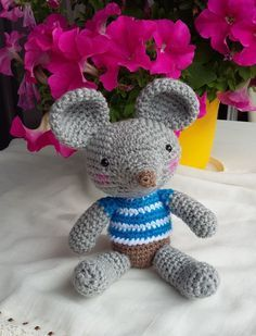 Bonjour Voici un modèle gratuit pour créer une petite souris