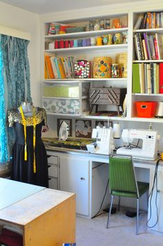 Great sewing space/ project room