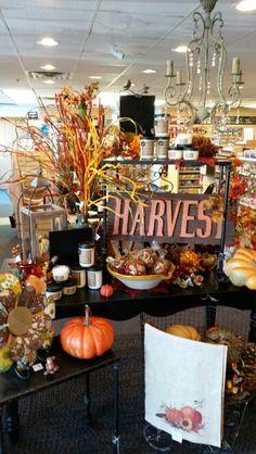 Fall Display - Peshtigo Market Displays, Merchandising Displays, Store Displays, Fall Displays, Scarecrow Tattoo, Day Of Dead Tattoo, Halloween Costumes Scarecrow, Animal Tattoos, Design Quotes