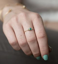 Mini Cluster Ring in 14k Gold with Turquoise and Emerald / Stackable Birthstone Ring / Delicate Stackable Mothers Ring, Personalized Jewelry