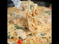 Tuscan Chicken Spaghetti - remplacer le lard par des lardons - ne pas hésiter à augmenter les épinards