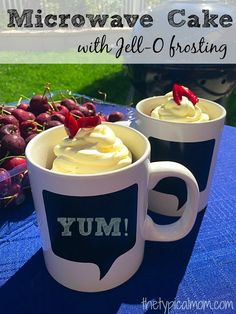 How to make cake in the microwave and top it with Jell-O pudding frosting. The easiest recipe ever and kids love this one! #fireupthegrill AD