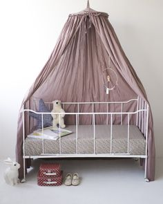 I would like something like this for her reading nook....  if we still have room ;)