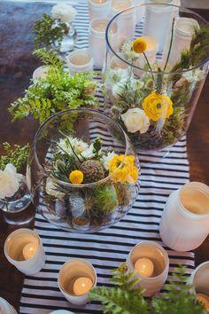 Cây cảnh mini không chỉ làm đẹp tiệc cưới mà uyên ương còn có thể giữ lại để trang trí ngôi nhà sau hôn lễ.