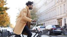 Read & shop MR PORTER's weekly style guide for key items chosen by our Editors and unique access to the world's innovators, entrepreneurs and trendsetters.