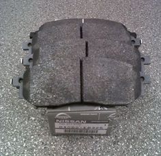 Nissan Navara/Pathfinder (D40M/R51M) Front Brake Pads Pre-2010MY - DA060EB325