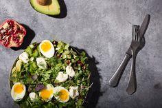 KARITATYKKA.COM   Blogi - KARITAN LOUNASSALAATTI Ketogenic Diet, Cobb Salad, Diet Recipes, Meal Planning, Meals, Ethnic Recipes, Food, Red Peppers, Meal