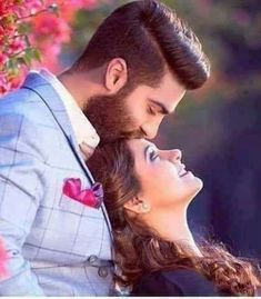 Indian Wedding Photography Poses, Indian Wedding Poses, Indian Wedding Couple, Couple Photography Poses, Wedding Photography Checklist, Wedding Couples, Beach Photography, Photography Tips, Wedding Engagement