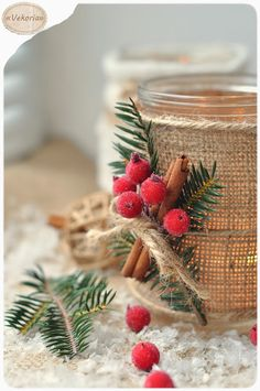 изделия из мешковины,мешковина,зимние подсвечники,зимний декор,новогодний декор, вязанные подсвечники ,подсвечники из банки,подсвечники своими руками,подсвечники из мешковины,виктория сокур,vekoria,изделия из корицы,ягоды,