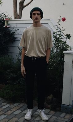 (Inspo) A month of pictures I've taken and finding a style Indie Fashion Men, Indie Men, Retro Fashion Mens, Korean Fashion, Vintage Fashion, Indie Outfits, Retro Outfits, Trendy Outfits, Bar Outfits