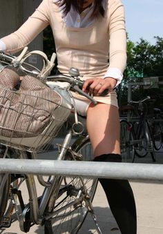 Upskirt views and girls in panties, lingerie and bikinis on bikes. Cycle Chic, Bicycle Girl, Bicycle Women, Lingerie, Girls Show, Lace Bodysuit, In Pantyhose, Hollister Jeans, Asian Girl