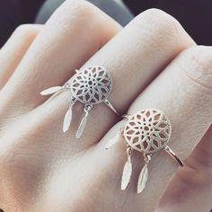 bijoux fantaisie de créateur #bijouxfemme #bijouxfantaisie #montresfemme Des…