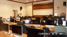 L'aula informatica pronta per il convegno