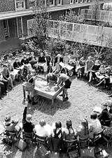 2019 的 Madonna nera di Montserrat Montessori Quotes, Outdoor Classroom, Maria Montessori, Classroom Environment, Historical Images, Yahoo Images, Madonna, Evolution, Image Search