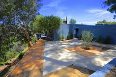 Free list of Mid-Century-Modern homes for sale in Los Angeles, CA. Studio City, Sherman Oaks, Hollywood Hills, Sunset Strip, Silver Lake, Laurel Canyon