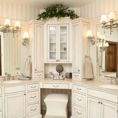 bathroom vanity. corner bathroom vanity design. #cornervanity