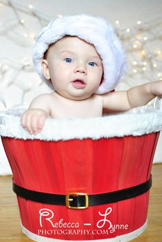 Santa baby Christmas photography. 6 month old photography. christmas children photography. christmas infant photography. connecticut photography