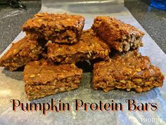 Healthy Pumpkin Protein Bars  These are a delicious clean eating fall treat!  If you like pumpkin pie, pumpkin spice, pumpkin anything, try these out!  They are better than cookies, all natural and 21 Day Fix Approved. 21 Day Fix Recipes, Healthy recipes.
