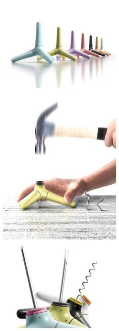 Creative tool design -------------- 못을 안정되게 박을 수도 있고, 다양한 툴을 사용할 수 있는 제품.  손으로 돌리기도 편하고 안정감도 있다.