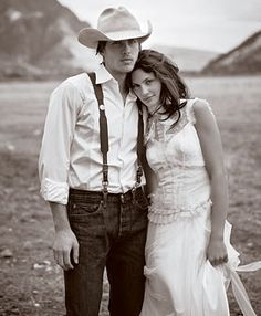 Gowns for a Rustic Ranch Wedding : Brides