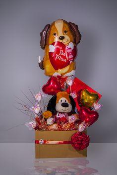 #Hermosa #Combinación de Arreglo de #Globos, #Peluche y #Dulces!!! No Valentine, Valentine Gift Baskets, Valentine Bouquet, Valentine's Day Gift Baskets, Valentine Crafts, Happy Valentines Day, Candy Bouquet, Balloon Bouquet, Balloons And More