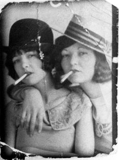 smokin' sisters in a photobooth