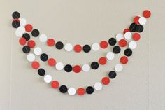 Circle Paper Garland  12ft  Red Black Lady Bug Colors PassTheScissorsShop,