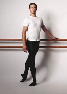 John-Paul Idaszak | Coryphée | The Australian Ballet