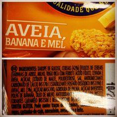 Observe que os ingredientes vem na ordem de quantidade. Mais de 50% deste produto é de açúcar e gordura hidrogenada.