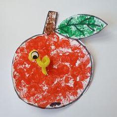 Ovoce :: MŠ MEDLOV Pudding, Fish, Vegetables, Fruit, Desserts, Ladybugs, Apple, Autumn, Crafting