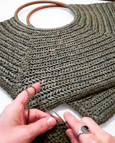 Helen Kaminski Pia Small Natural Leather – Diy Crafts – maallure – Purses And Handbags Diy Crochet Tote, Crochet Handbags, Crochet Purses, Bead Crochet, Diy Crafts Knitting, Diy Crafts Crochet, Band Kunst, Ring Der O, Leather Diy Crafts
