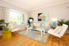 Pearl & Folkert's FAMILY ROOM REVEAL | Buying & Selling