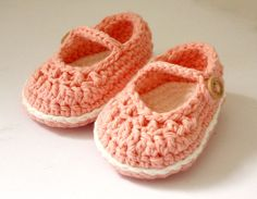 Crochet Baby Booties  Baby Mary Jane shoes   by upinthefarawaytree, £10.00