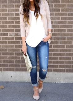 laid back outfit | cleverly, yours