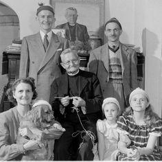 Hunter Lewis, the knitting parson,  1948