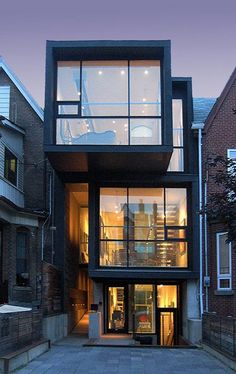 22 Grange Ave. | Toronto | M5T 1C7 Architecture by: Teeple Architects Built 2005, 4 bedroom, 4 bath, Pachter Hall: 3,200sf; Moose Factory: 2,400sf Artist Charles Pachter's home, studio, and galleries, Pachter Hall and Moose Factory, in Toronto's Chinatown district, bring art and architecture together in a dynamic and harmonious combination. Designed by Stephen Teeple, principal of Teeple Architects, Pachter Hall