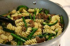 pasta w/ ground beef & veggies