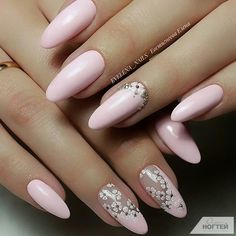 Nail art is a very popular trend these days and every woman you meet seems to have beautiful nails. It used to be that women would just go get a manicure or pedicure to get their nails trimmed and shaped with just a few coats of plain nail polish. Essie, Oval Nails, Pink Nails, Pink White Nails, Cute Nails, Pretty Nails, Hair And Nails, My Nails, Bright Nail Art