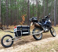 First test ride with the trailer. Looking forward to camping with it. Enduro Motorcycle, Motorcycle Camping, Camping Gear, Motorcycle Adventure, Trailer Diy, Bike Trailer, Pull Behind Motorcycle Trailer, Kombi Motorhome, Side Car