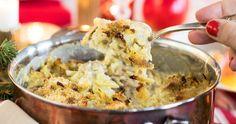 Krämig Janssons frestelse med riven potatis – recept