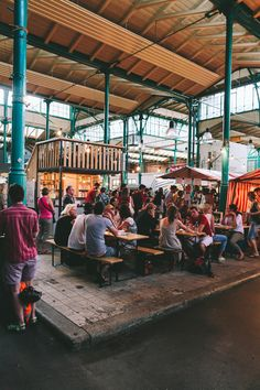 BERLIN Markthalle Kreuzberg - Berlin BARS AND RESTAURANTS