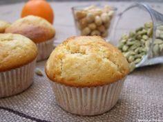 Muffins aux zestes d'orange, cardamome et noisettes »